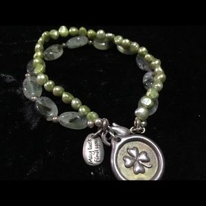 Jewelry - Freshwater pearl and glass beaded bracelet